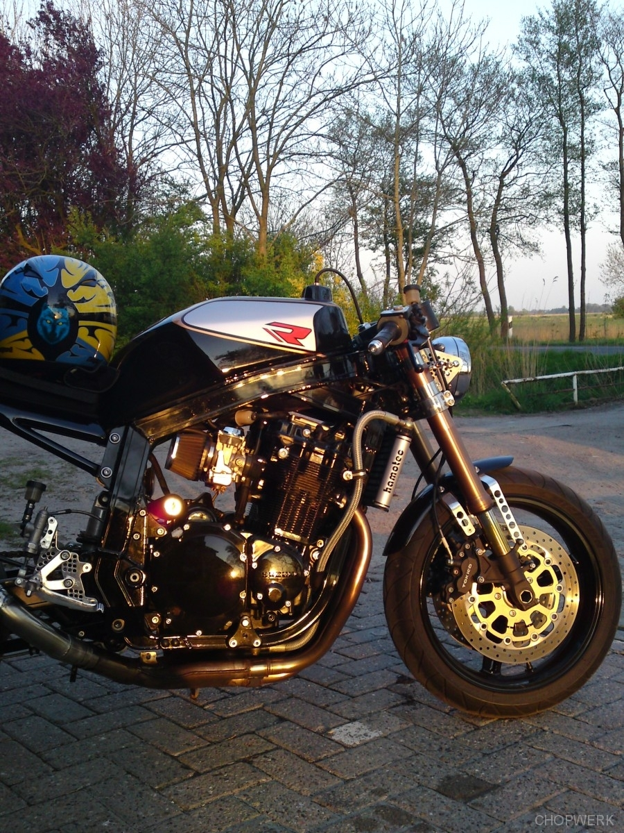 GSX-R-1100-caferacer-8